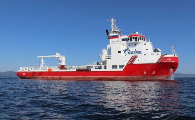 Суда «Газпрома» пошли к «Северному потоку — 2» через Суэцкий канал