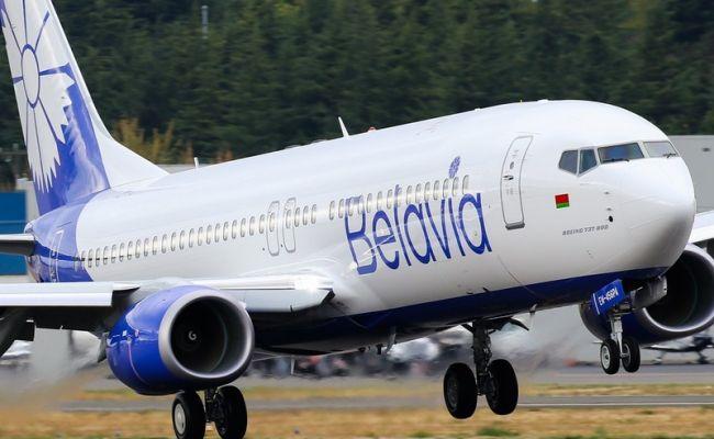 Самолет авиакомпании «Белавиа» подал сигнал бедствия иприземлился вДомодедово