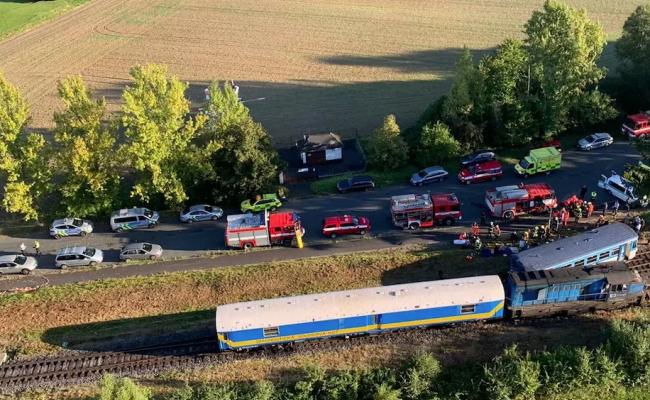 В Чехии столкнулись два пассажирских поезда: десятки пострадавших, есть  погибшие — EADaily, 4 августа 2021 — Происшествия, Новости Европы