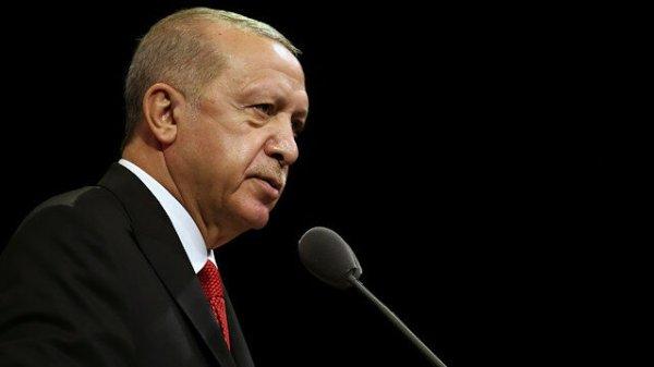 Эрдоган возвестил о бойкоте французских товаров