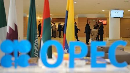 Саудовская Аравия и Азербайджан высказались за продление пакта ОПЕК+