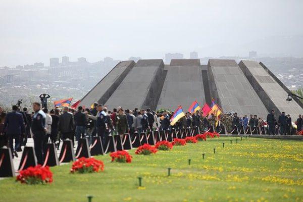 Мир вспоминает жертв геноцида армян: Сильная иразумная Армения преодолеет вызовы