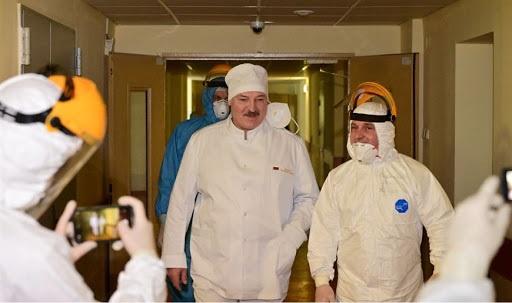5eef99b1ed7e95c7c3efd1de828bb Лукашенко отказывается отдавать Конституцию «незнакомому президенту»