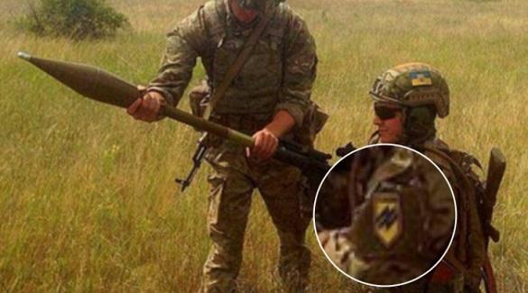 Bildergebnis für «Азов» удалил фото с американским оружием со своего сайта