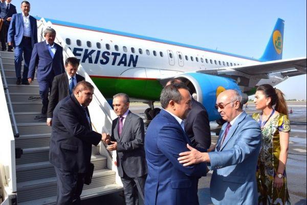 Бизнесмены Таджикистана и Узбекистана просят отменить визы между странами