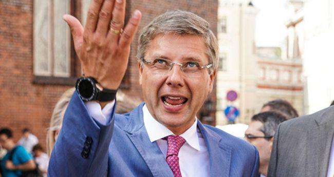 ef8b520beb495b33e2893bddbe5a2 Экс-«русский мэр» Риги Нил Ушаков проголосовал против российской вакцины