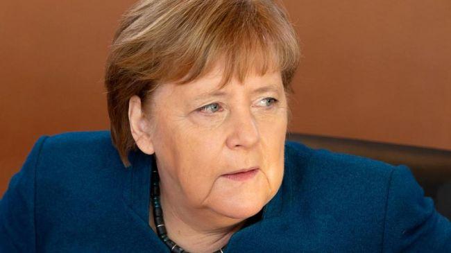 Меркель начала репрессии