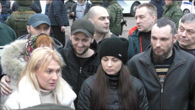 Военкор: Из плена вернулись активисты преданной Новороссии