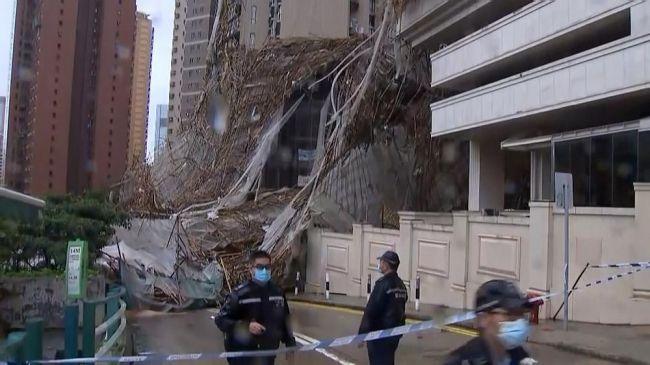 Тайфун вГонконге: один человек погиб